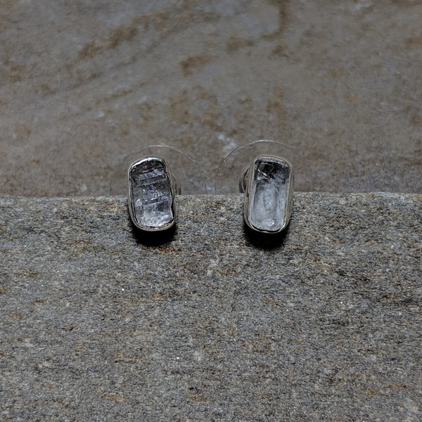 Front of Quartz Rocha Studs in silver