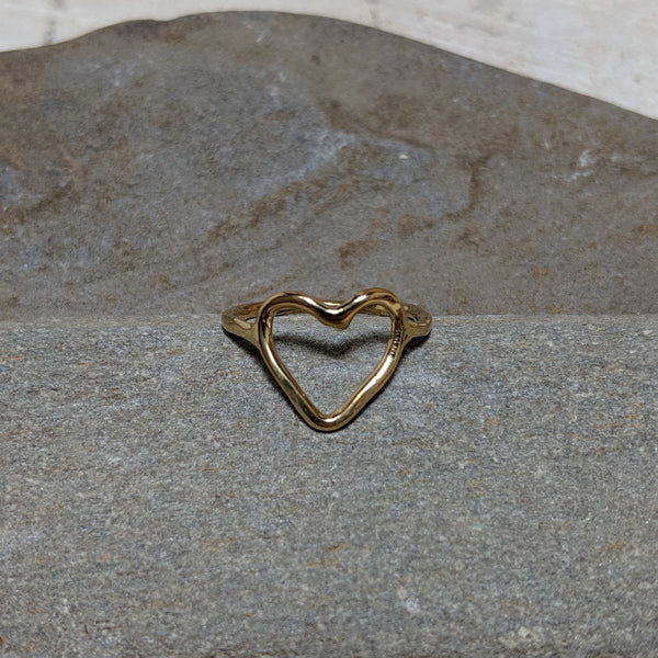Open heart ring in tumbaga front view