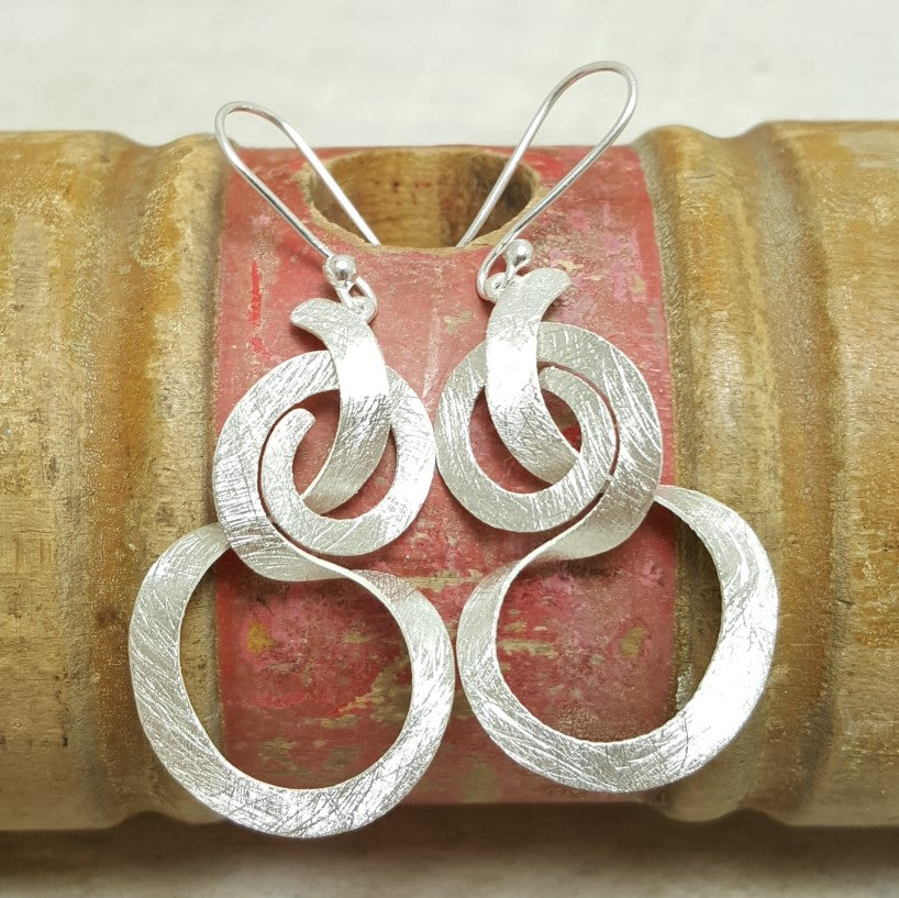 Brushed Ribbon Earring