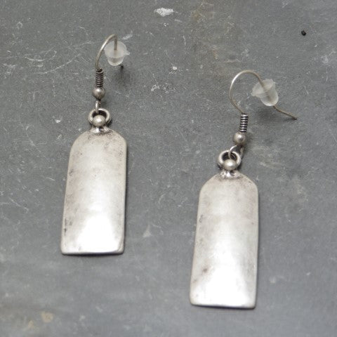 simplicity earrings