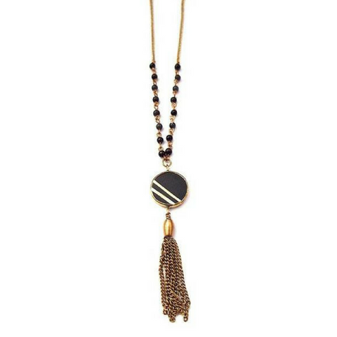 Refu Horn Tassel Necklace