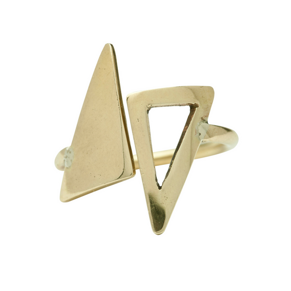 Stella Triangle Ring
