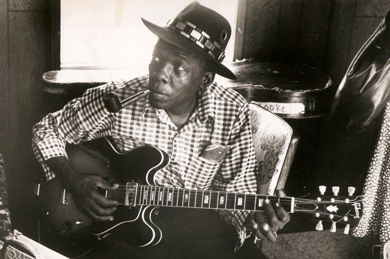 John Lee Hooker / Aug 22, 1912 or 1917 - June 21, 2001