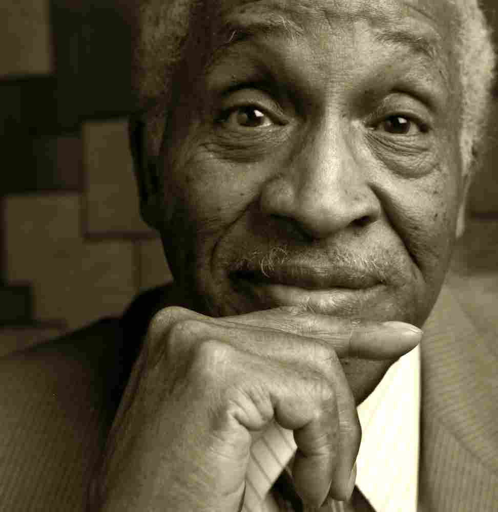 Von Freeman / Oct 3, 1923 - Aug 11, 2012