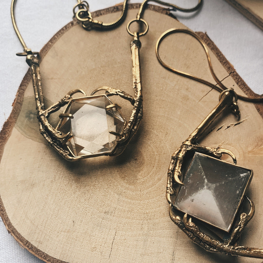 starling hexagon quartz pendant