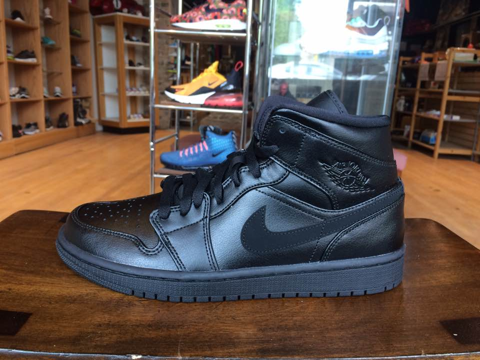 Nike Air Jordan 1 MID Schuhe Basketball High Top Retro Sneaker black 554724-090