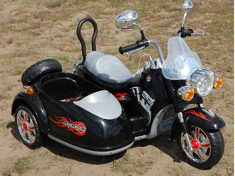 12v Harley Style Bike with Side Car