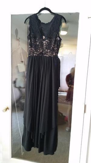 Black Maxi Sleeveless Jewel Dress by R&M Richards Woman, Size 6