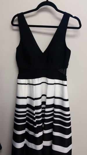 Striped Black and White Maxi Sleeveless V-Neck Dress by Xscape, Size 2