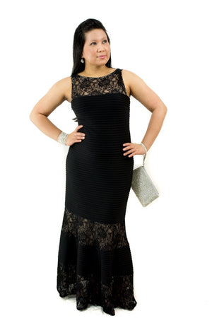 FOR SALE Black Size 10 Sleeveless Maxi Lace Gown By London Times