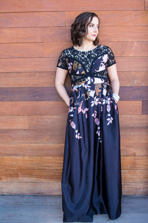 Floral Maxi Short Sleeve jewel Dress by Unlabeled, Size 4