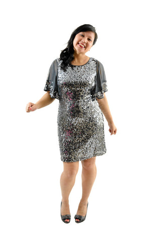 RETURNED TO LENDER ON 7/23/18. Gray Three Quarter Sleeves Formal Dress by Ignite Evenings, Size 6
