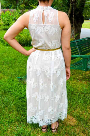 For Sale White Sleeveless Formal Dress By Flutter Size 8 Dressed