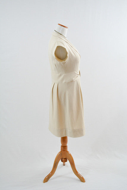 For sale:White Short Sleeve Semi-Formal Dress by Nanette Lapore, Size 8
