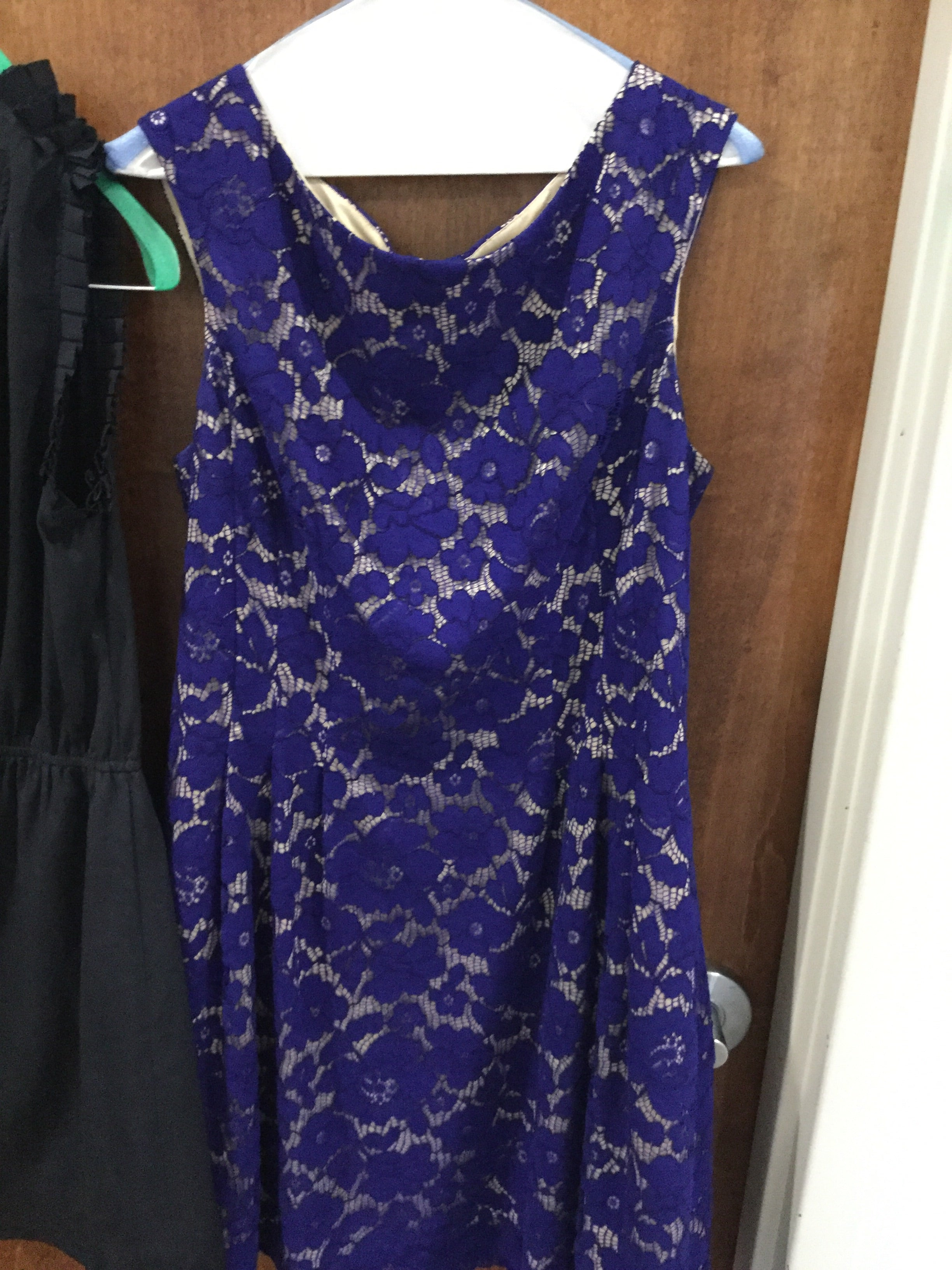 Blue lace size 14 Vince Camuto June 2018 Kelly catalano