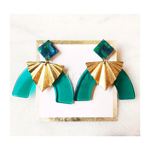 Hannah Emerald Resin Statements