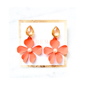 Nellie Peach Flower Statements