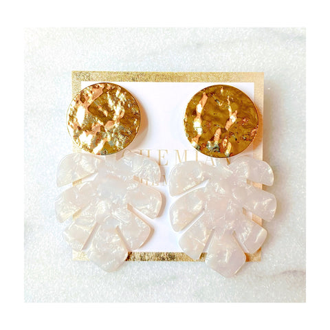 Noelle Resin Leaf Statements