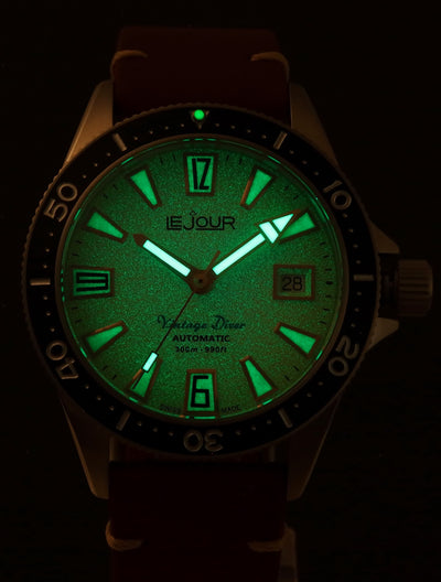 Le Jour Vintage Diver Watch