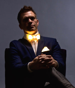 Glow LED Bow Tie and Pocket Square Set Gold
