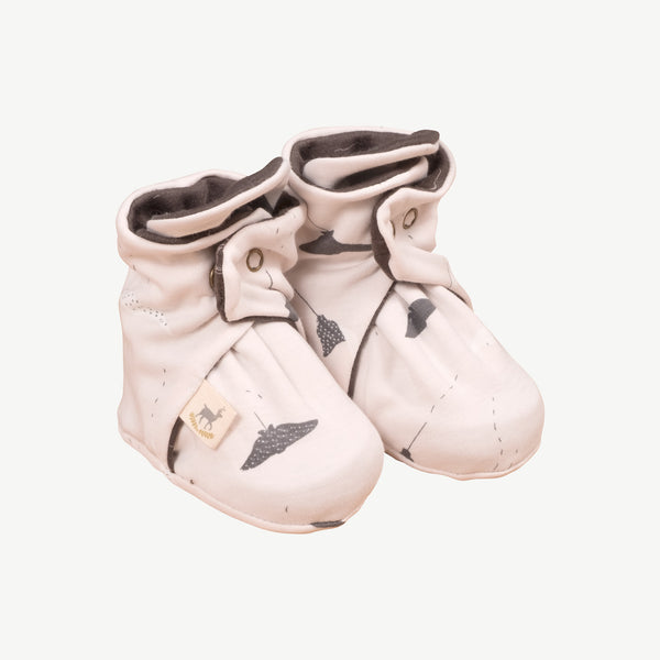 'ocean voyagers' heavenly pink booties