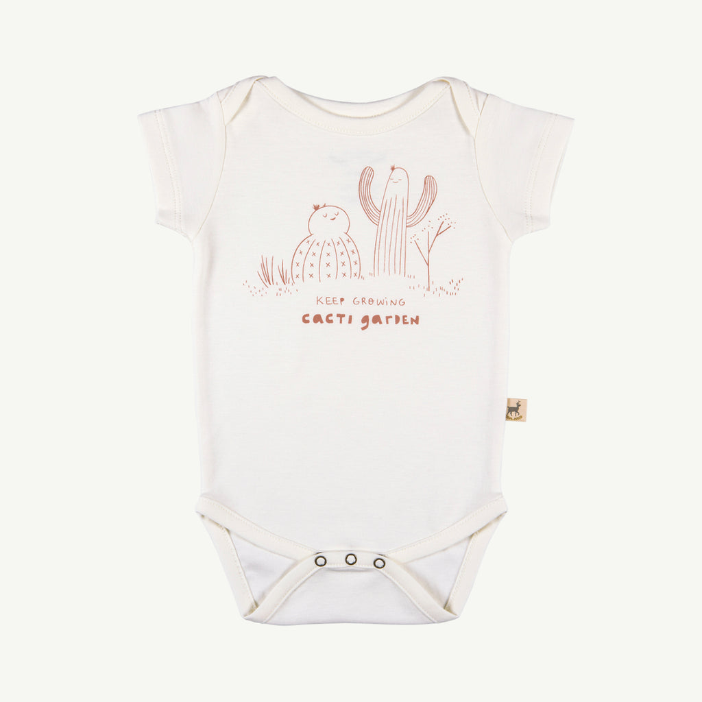 'keep growing' organic s/s onesie