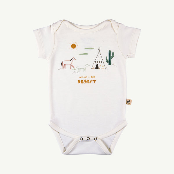 'magic in the desert' organic s/s onesie