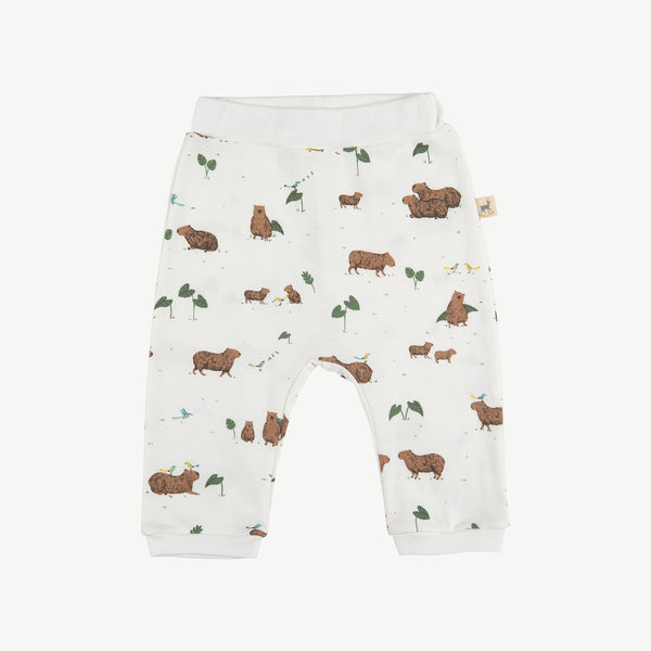 'pally capybara' eco-white baggy pants