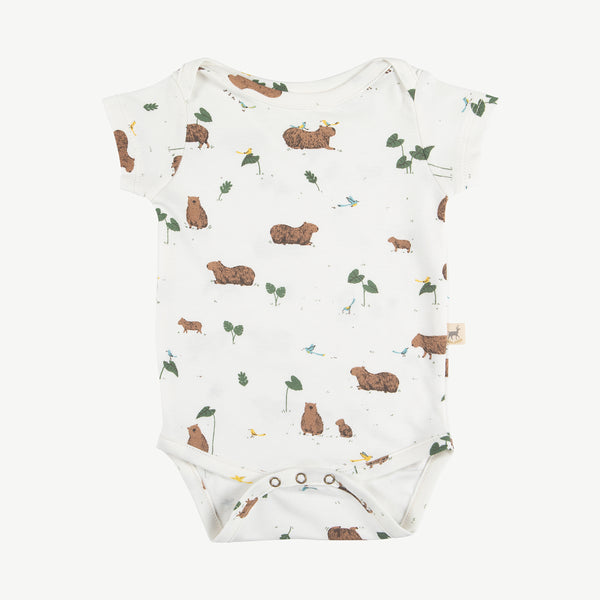 'pally capybara' eco-white onesie s/s