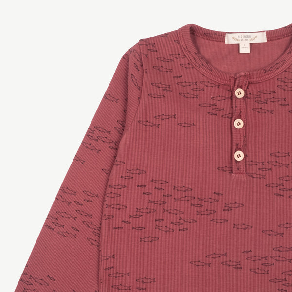 'schooling fish' rosewood ribbed henley