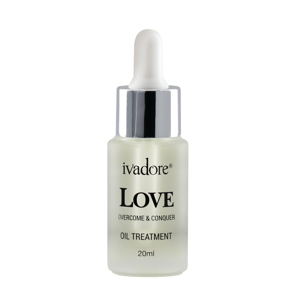 Ivadore love face oil in glass dropper bottle. Made with nourishing natural oils to soothe, moisturise and protect the skin.