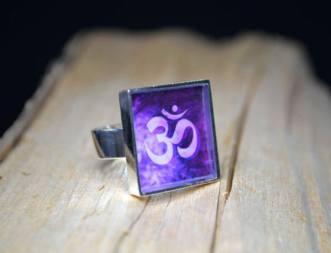 OM Ring 7th Chakra Symbol, adjustable size, purple jewelry, handmade