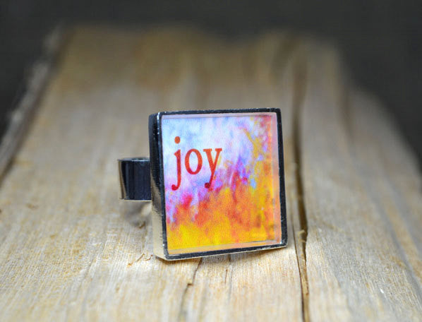 JOY - Inspirational Word Art Ring, adjustable, multi-colored