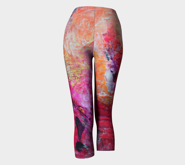 Abstract Heart- Pink Orange Fuchsia Capris 1067