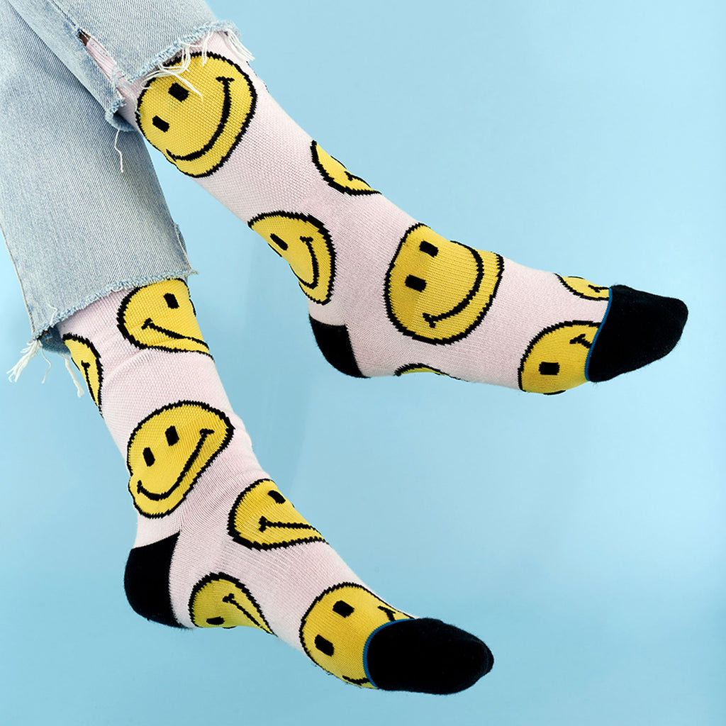 "CHINATOWN x STANCE ""SMILEY"" SOCKS (PINK)"