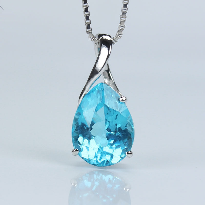 18K Necklace With Blue Apatite