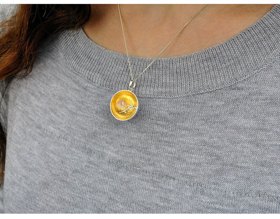 Natural Shell The Aroma of Winter sweet Pendant without Necklace
