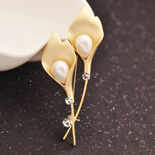 Fashion Pearl In Tulip Brooch