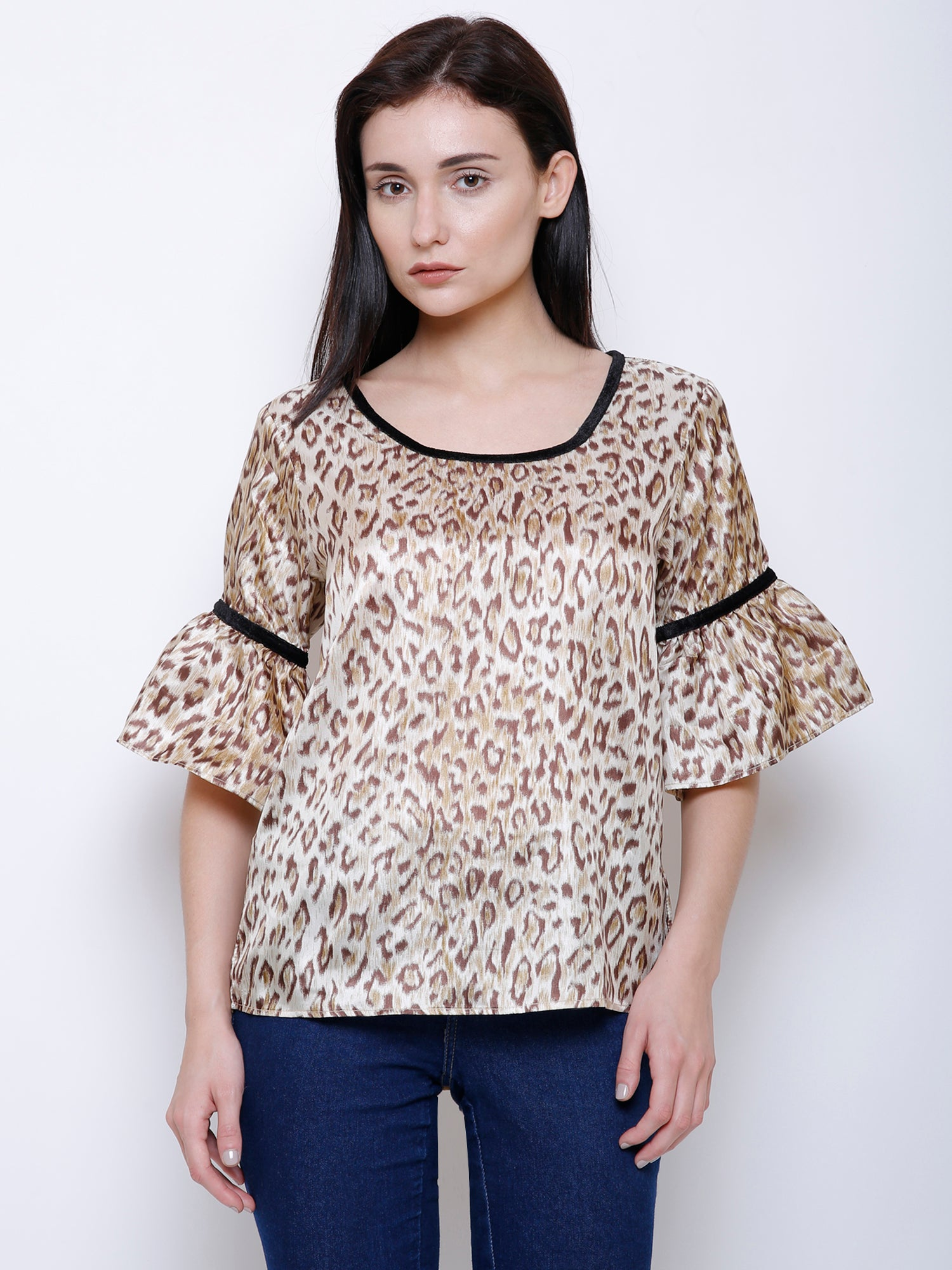 Leopard print with Velvet Detail Top