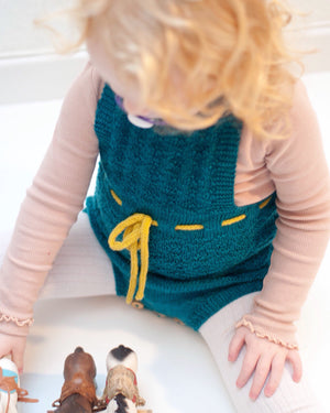 Little Emma's Playsuit (English)