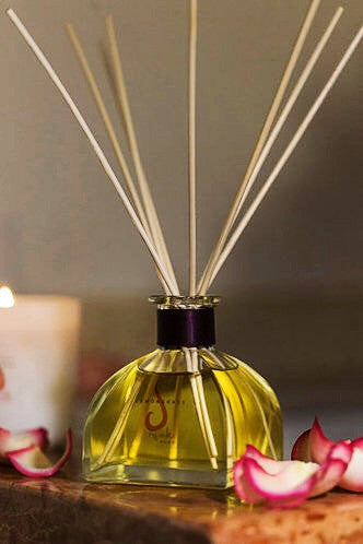 SHOP<BR>REED DIFFUSER</BR>