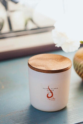 SHOP<BR>WOOD WICK CANDLES</BR>