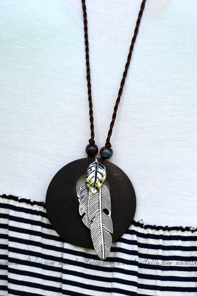 IN THE WILD BOHO WOODEN BEADED FEATHER NECKLACE - The Teal Tulip - www.tealtulip.com