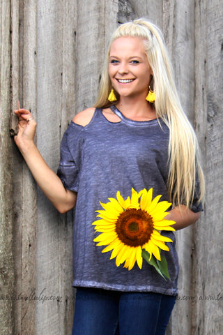 ON AGAIN SHORT SLEEVE CUT OUT SHIRT IN CHARCOAL - The Teal Tulip - www.tealtulip.com