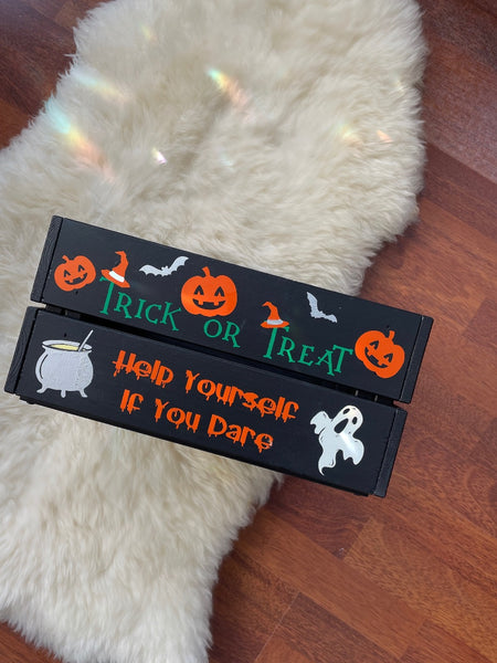 Personalised Pet Paw Bauble with bow