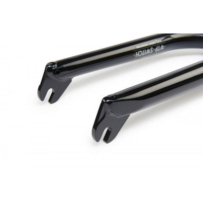 WETHEPEOPLE STERLING FORK GLOSSY BLACK