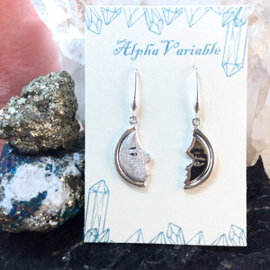 Crescent Moon Earrings - Earrings - AlphaVariable