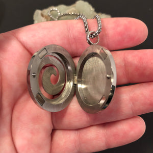 Spiral Essential Oil Diffuser Necklace - Diffuser Necklace - AlphaVariable