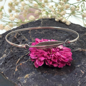 Feather Bangle Bracelet - Bracelet - AlphaVariable