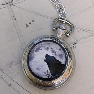 Wolf Pocket Watch - PocketWatch - AlphaVariable